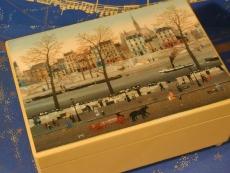 VIERING Spieluhr Holzschatulle 160105 - Stadt am Fluß