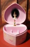 Trousselier Spieluhr S30502BALL - Herz Princess mit Ballerina