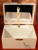 Trousselier Spieluhr Kompakt mit Fee S50614 -  Cherry rosa