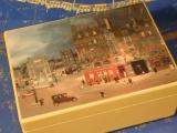 VIERING Spieluhr Holzschatulle 160107 - Stadt bei Nacht