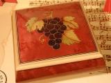 DEICHERT Spieluhr 49 RO TR - Holzschatulle mit Intarsien Trauben rot