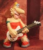 ENESCO Nice Nose Sängerin mit Gitarre