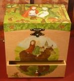 Enchantmints Spieluhr mit Schubladen Gr 4 B7003 Bär - Schneeweißchen und Rosenrot GR 4