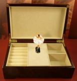 BÖHME Spieluhr Holzschatulle 89002SB - Sleeping Beauty - Degas mit Ballerina
