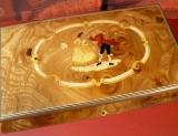 BÖHME Spieluhr 18-Ton 85121 - Intarsien Tanzpaar 200 / Tristesse